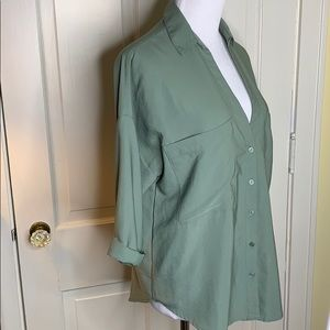 Lush olive deep v-neck blouse Size Small
